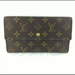 Authentic Louis Vuitton International trifold